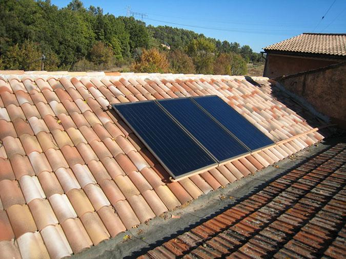 chauffe eau solaire panneaux et capteurs. Black Bedroom Furniture Sets. Home Design Ideas